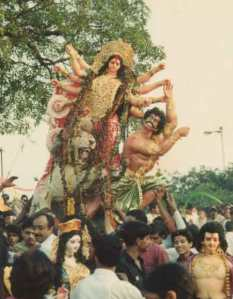 procession durga